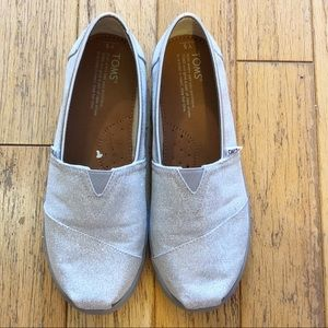 Sparkly silver Toms